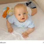 Baby-Bauchlage